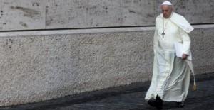 El Papa camino del Sínodo